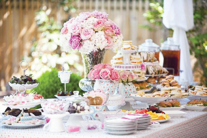 vintage-high-tea-party.1371893694-van-yetski66